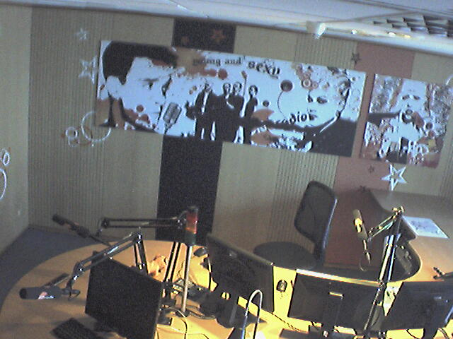 Live Studio Cam - Click to reload