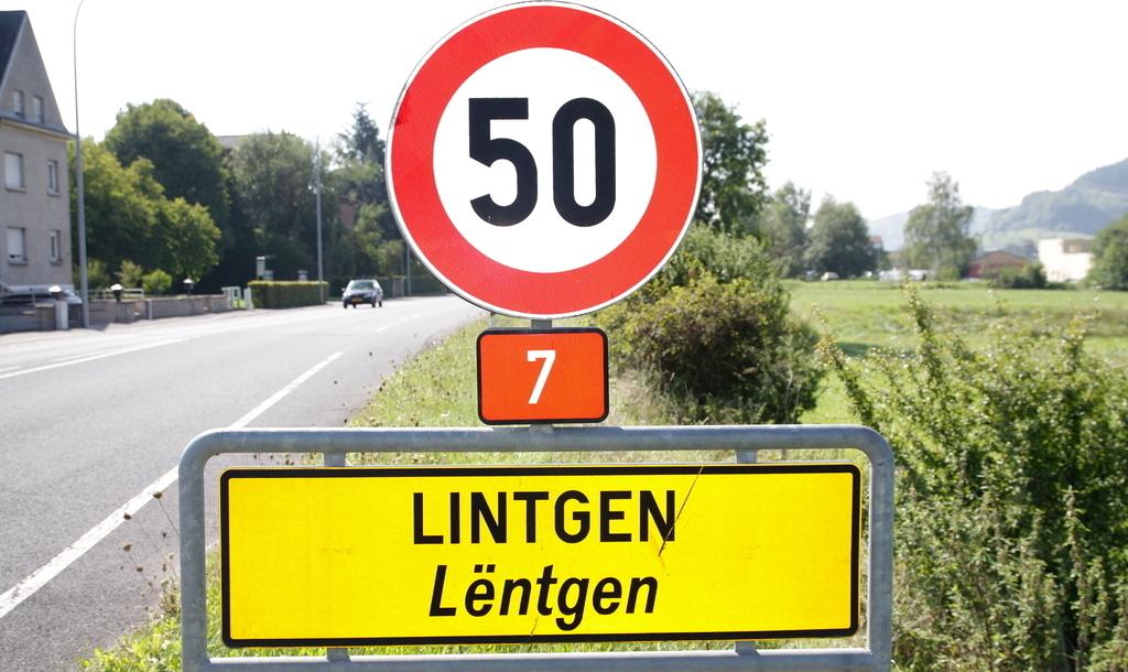 RTL.lu - - Gemeinderat Lintgen: Haushaltsvorlage 2012 angenommen
