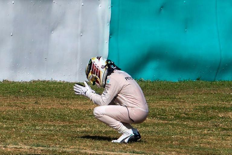Abandon de Lewis Hamilton — GP de Malaisie