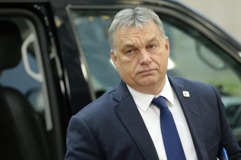 Le Parlement hongrois rejette la révision constitutionnelle d'Orban — Migrants