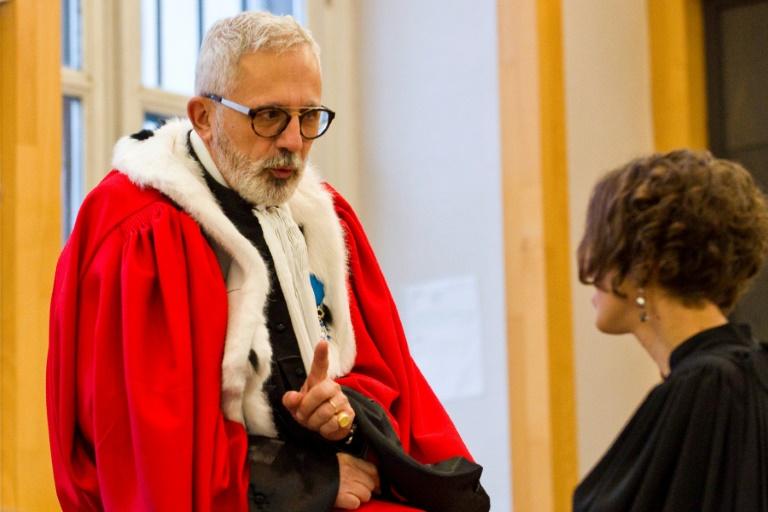 30 ans de prison requis par l'avocat général — Procès Fiona
