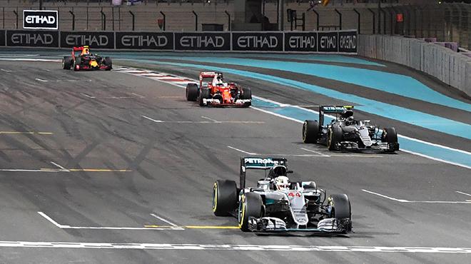 Nico Rosberg devient le 33e champion du monde de F1