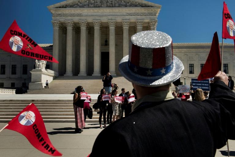 Les républicains changent les règles du Sénat pour imposer un juge