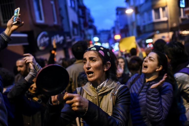 Erdogan veut maintenant un référendum sur la peine de mort — Turquie