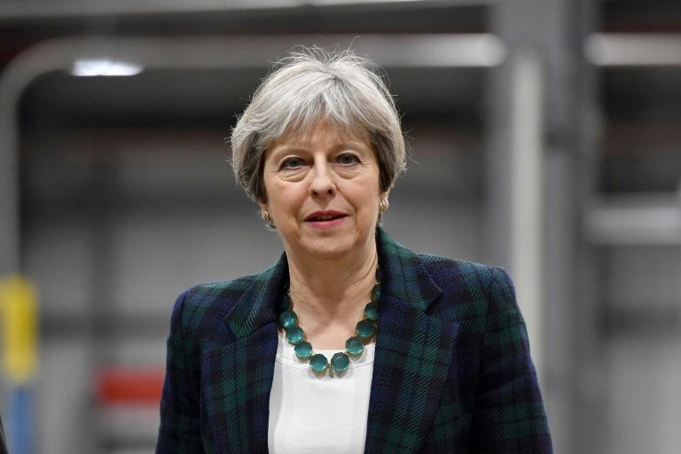 Brexit Theresa May dénonce l'union des Européens