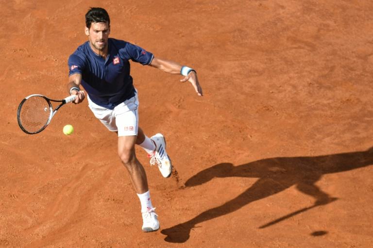 Djokovic en demi-finale à Rome après la pluie — Tennis
