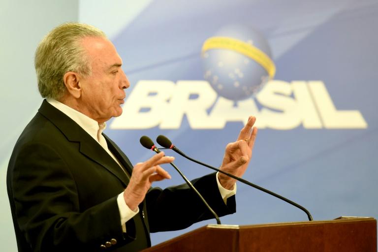 Temer plaide la naïveté — Brésil/corruption