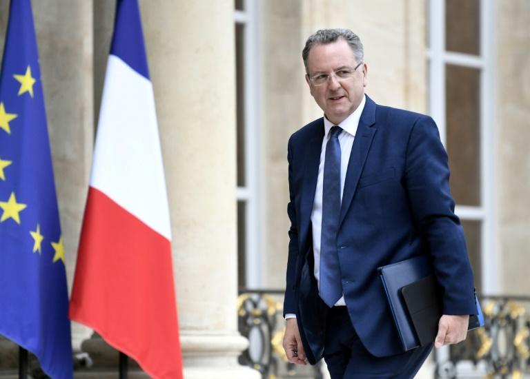 Hortefeux et Lavrilleux également visés par l'enquête — Assistants d'eurodéputés