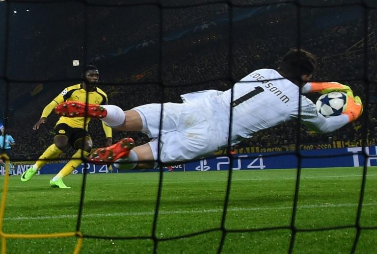 Manchester City engage le gardien brésilien Ederson (Benfica) pour 40 millions d'euros