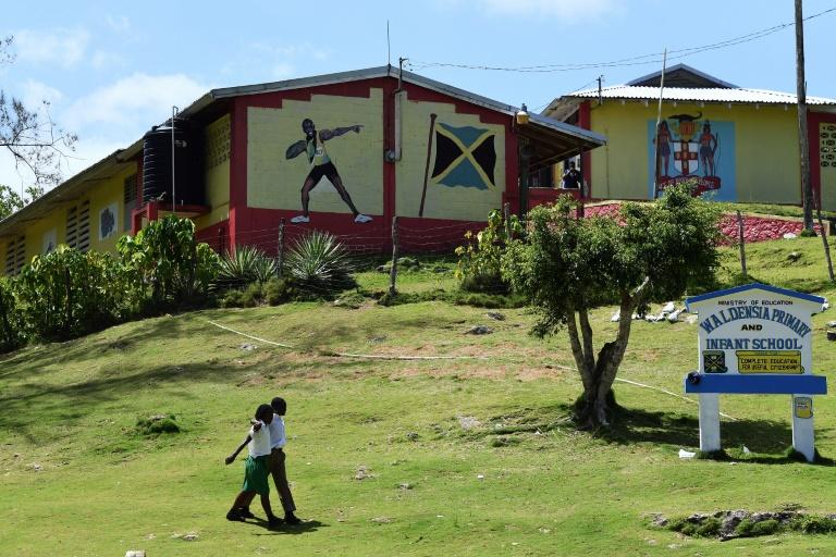 Jamaïque: Bolt promet de