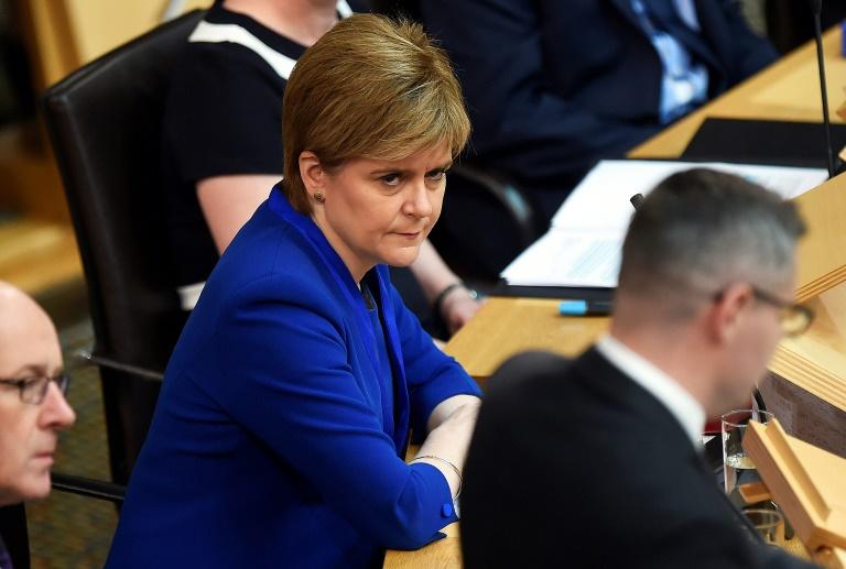 Décision reportée sur un nouveau référendum d'indépendance — Ecosse
