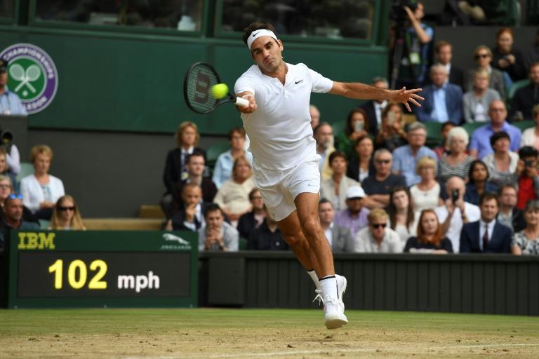Federer seul au monde — Wimbledon
