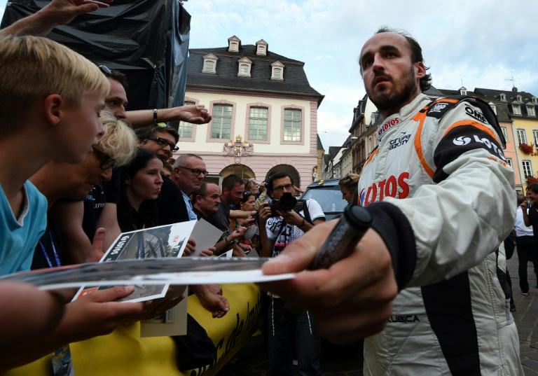 Robert Kubica avec Renault aux essais en Hongrie