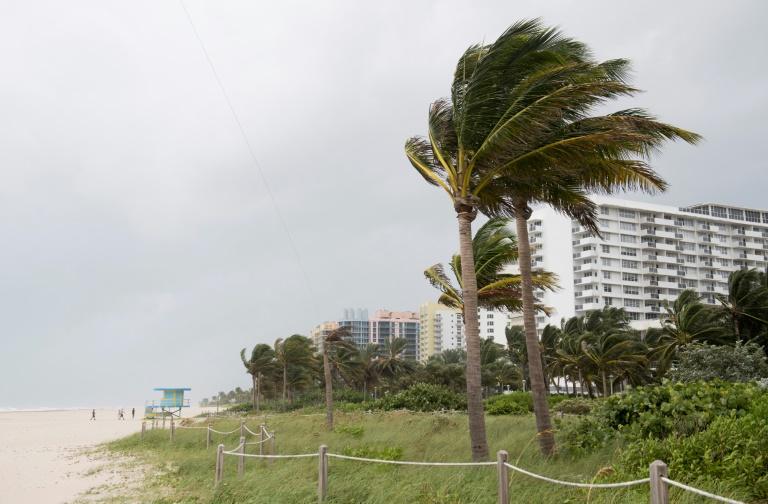 Après Cuba, l'ouragan Irma met le cap vers la Floride