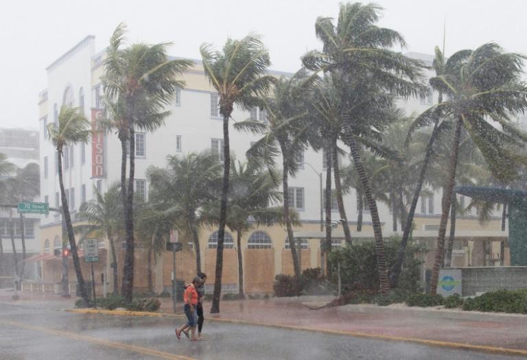 Ouragan Irma: Emmanuel Macron se rendra à Saint-Martin mardi