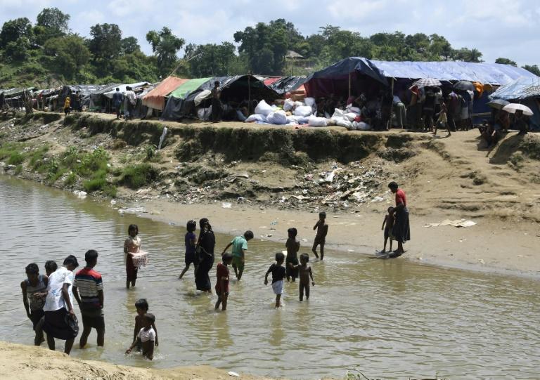 Suu Kyi s'adressera à la Birmanie la semaine prochaine — Rohingyas
