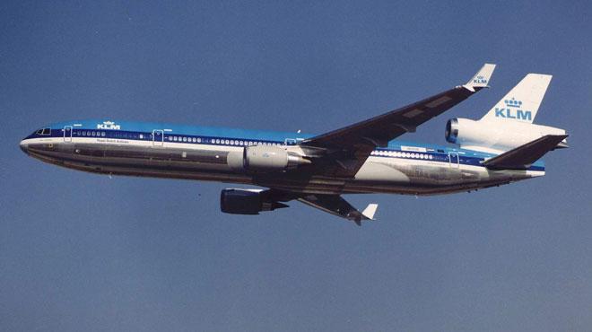 Un avion KLM perd une pièce de carénage après son décollage — Japon