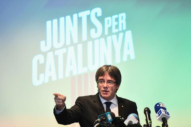 Catalogne Madrid retire le mandat d'arrêt contre Puigdemont