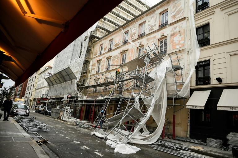 Dégâts causés par des vents violents dans le 17e arrondissement de Paris le 3 janvier 2017