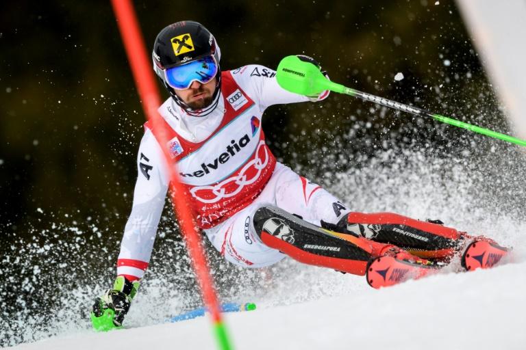 Hirscher prend position avant la 2e manche d'Adelboden — Slalom géant