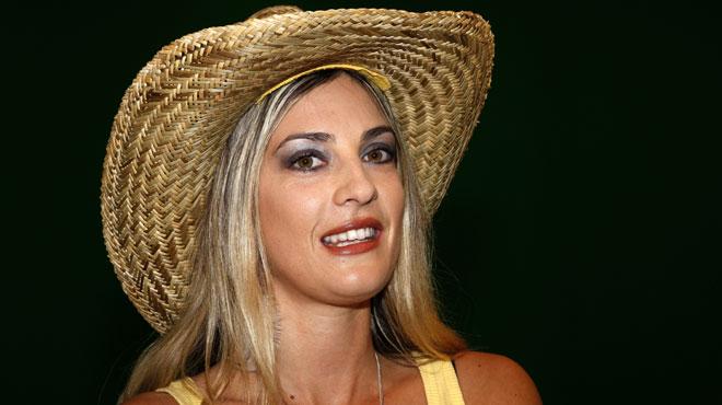 Eve Angeli compte reprendre des titres de Johnny Hallyday… en version zouk
