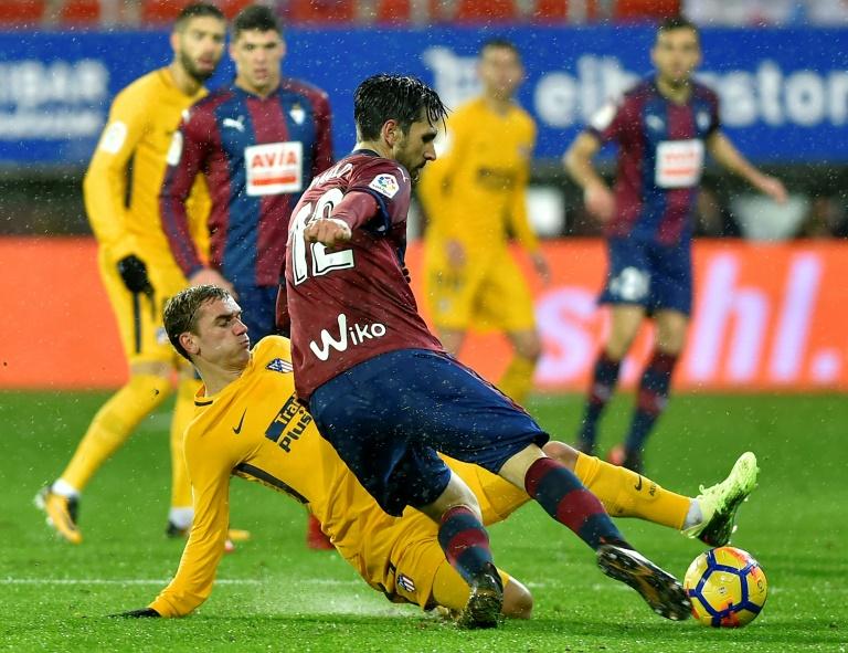 Le Barça dément