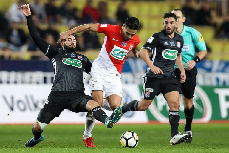 Marseille et Monaco partagent les points