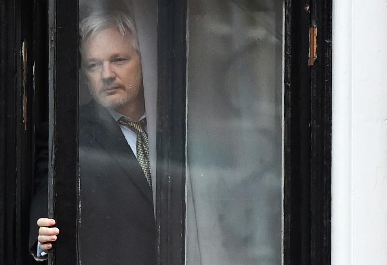 La justice britannique rejette la levée de son mandat d'arrêt — Julian Assange