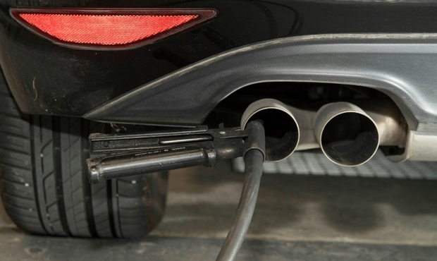 Rtl Today Pollution Luxembourg Struggling To Meet New Car Co2 Targets