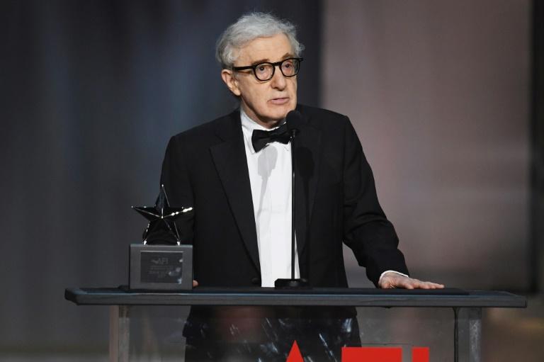 Woody Allen se dit