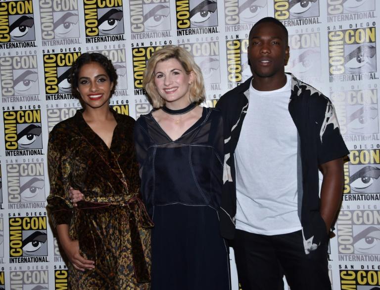 Les acteurs du nouveau Doctor Who Mandip Gill Jodie Whittaker et Tosin Cole au Comic Con de San Diego le 19 juillet 2018