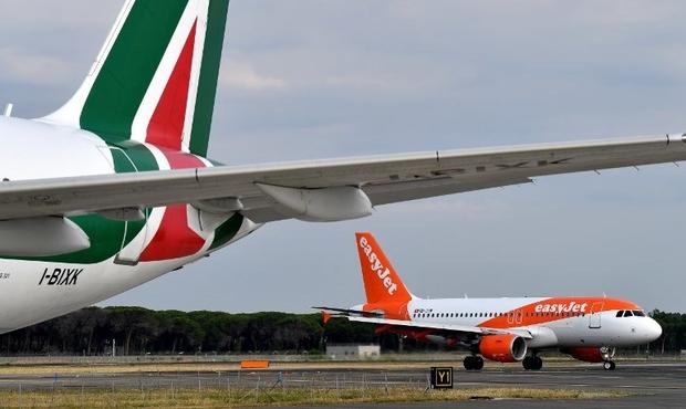 La mauvaise blague d'un ado provoque l'évacuation de deux avions à Nice