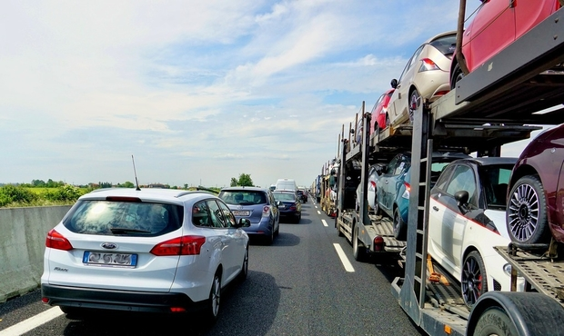 RTL Today - Traffic: Accidents on A4 and A3 and traffic jam on A6