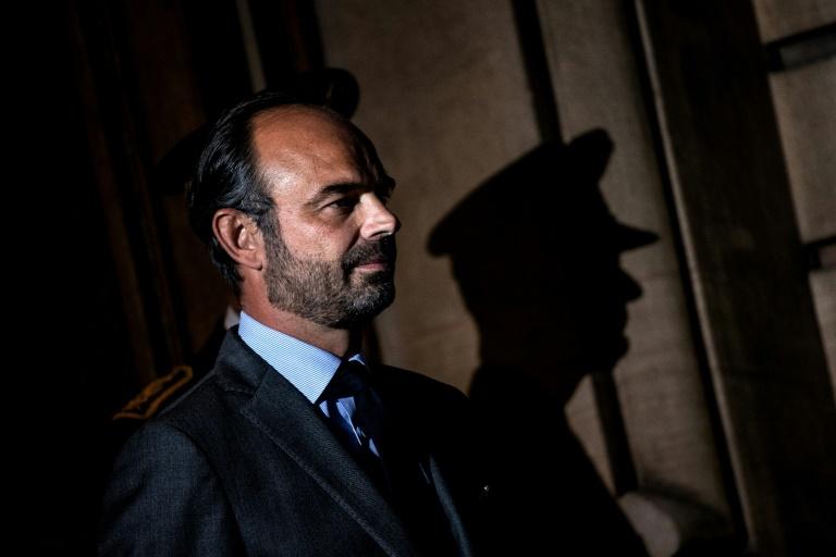 Le remaniement laborieux, une mauvaise séquence pour Macron — France
