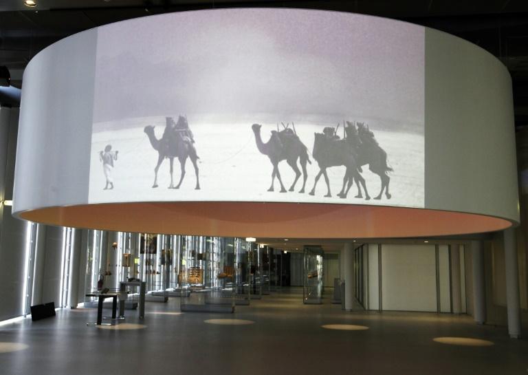Donation exceptionnelle de 1300 oeuvres d'artistes arabes à l'IMA