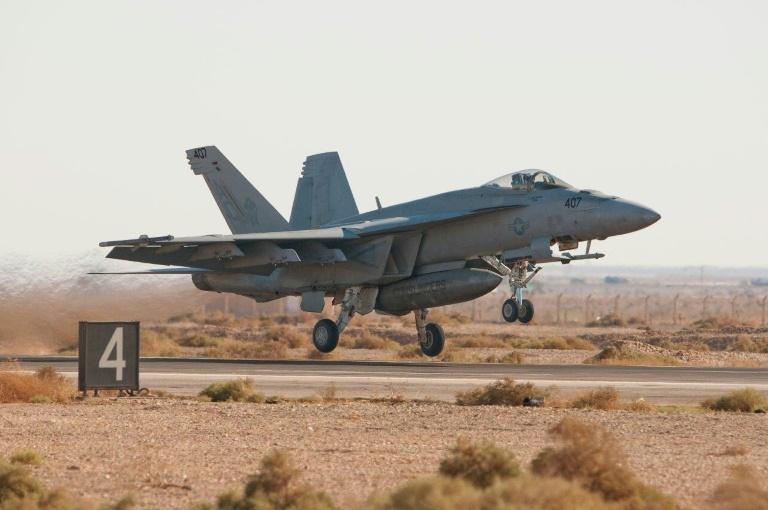 Un chasseur américain F  A-18 Super Hornet le 26 octobre 2010 en Jordanie