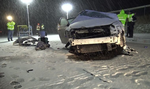 RTL Today - Tragic accident: 8-year-old dies in car accident