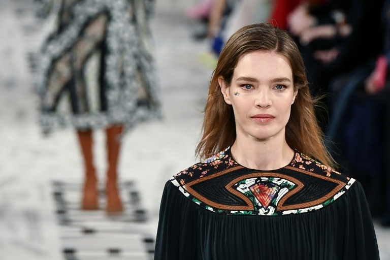 c8b3fea4471 RTL Today - Upcycled clothing: Stars turn out for Stella McCartney's bid to  save rainforest
