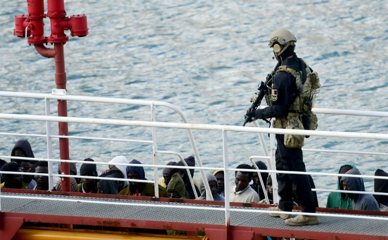 Salvini in fresh warning to migrant rescue ships