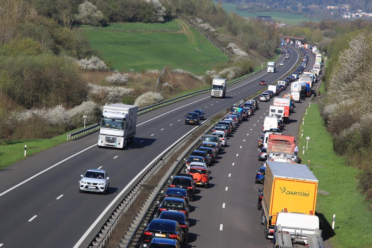 Accident :Un choc entre quatre voitures a engendré un gros bouchon sur l'A1