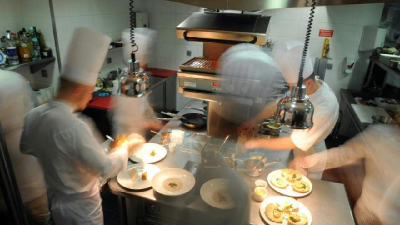 14.000 euros :Un chef redressé pour avoir mangé dans son restaurant