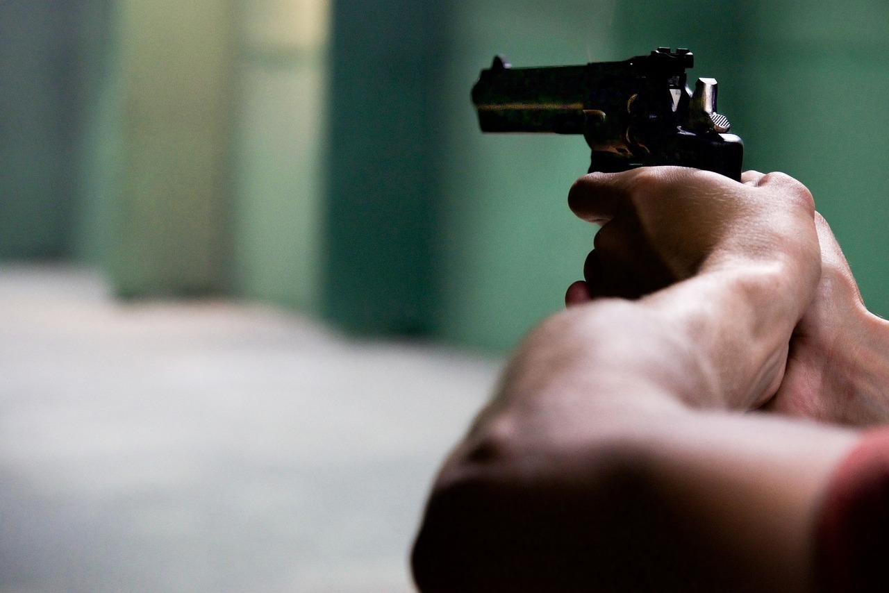 Moselle :Il menace de se suicider et ouvre le feu sur la police