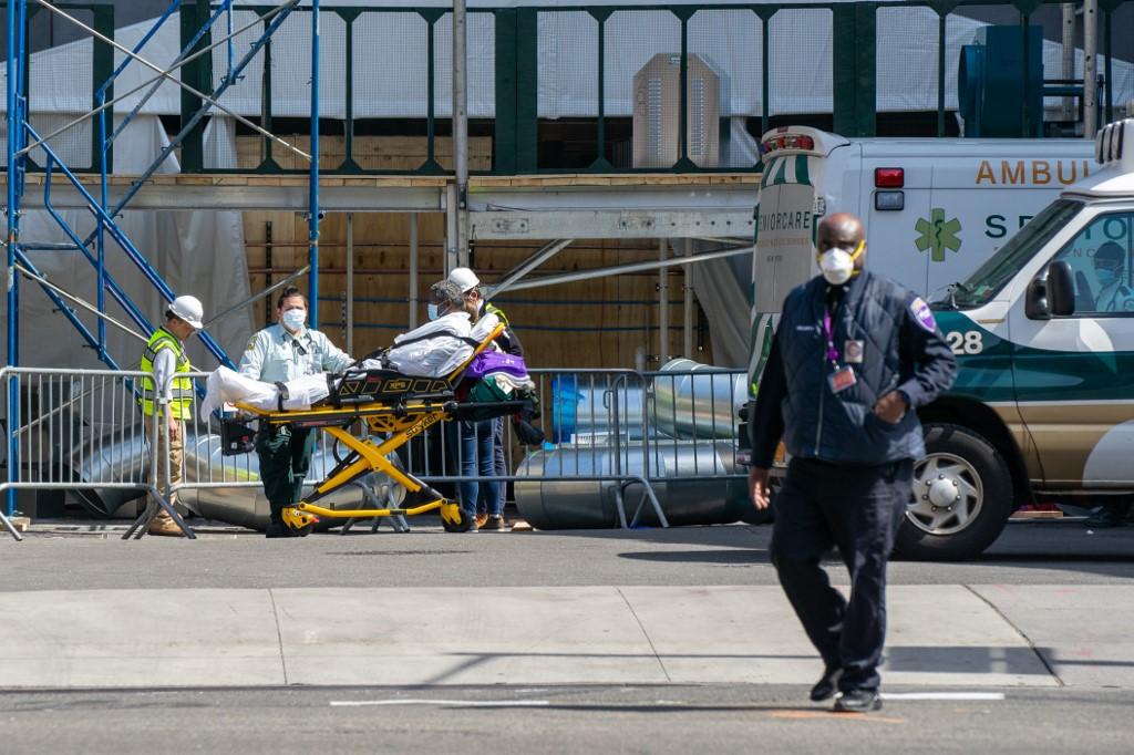 Triste record :Près de 2.000 morts en 24h aux Etats-Unis