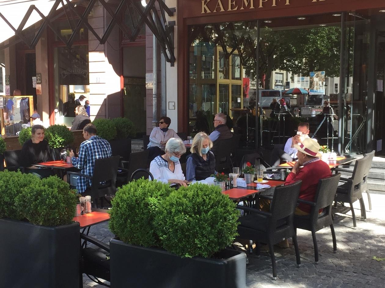 Coronavirus, le direct :Restaurants, cafés... Le déconfinement se poursuit au Luxembourg