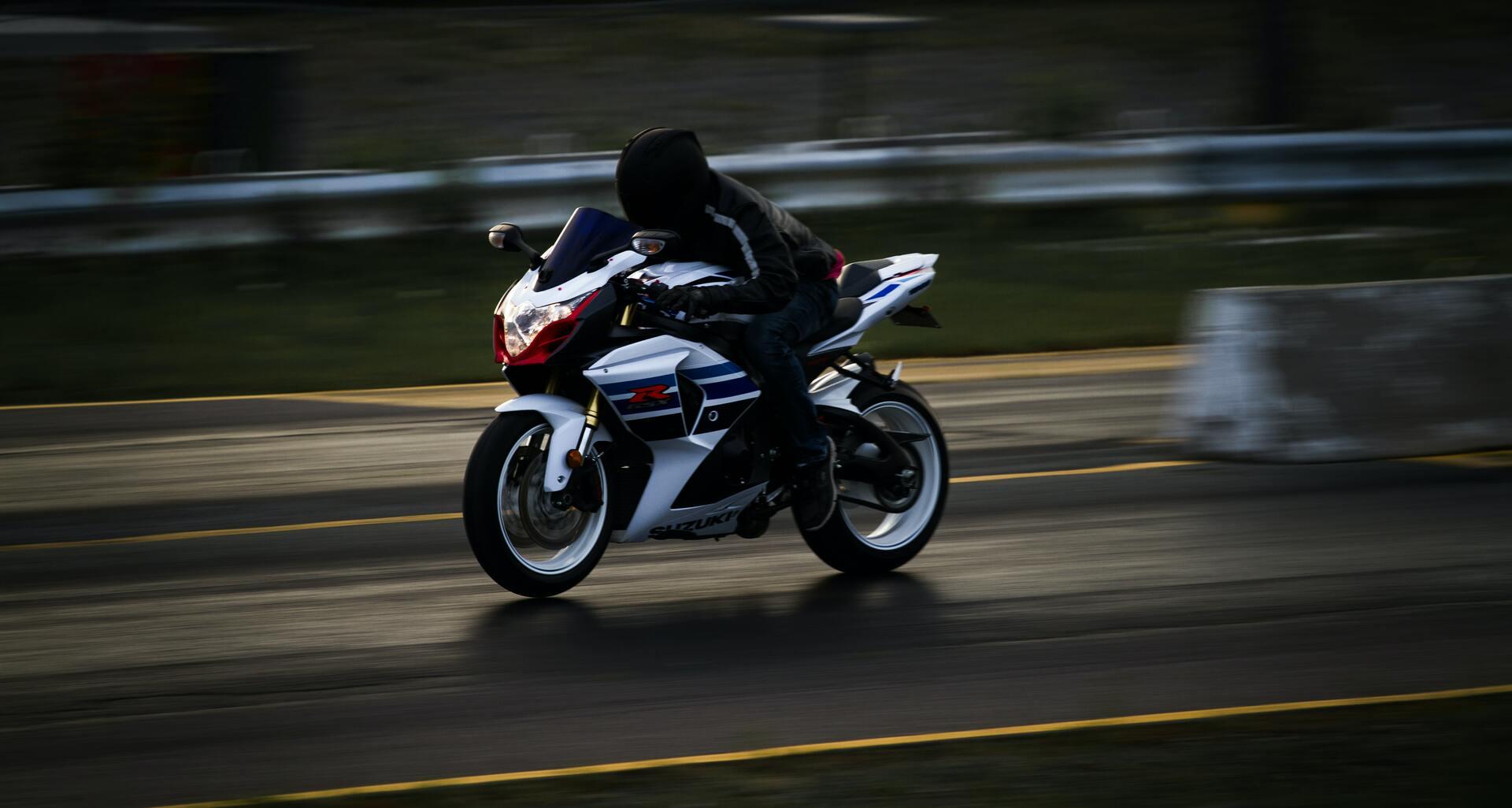 Un motard flashé à 203 km/h :Le message hilarant de la gendarmerie des Vosges après avoir confisqué sa moto