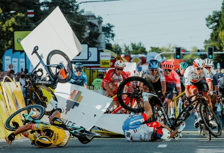 """Cyclisme :Jakobsen toujours dans le coma, Groenewegen """"désolé"""""""