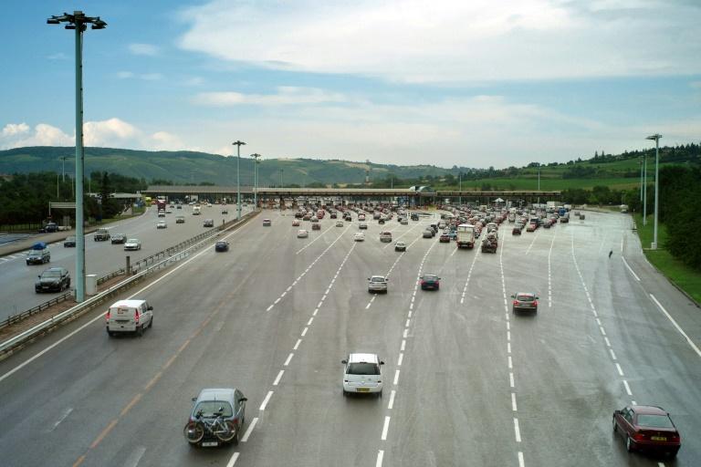 Baisser les prix, arrêter la concession... :Le rapport choc sur les autoroutes françaises