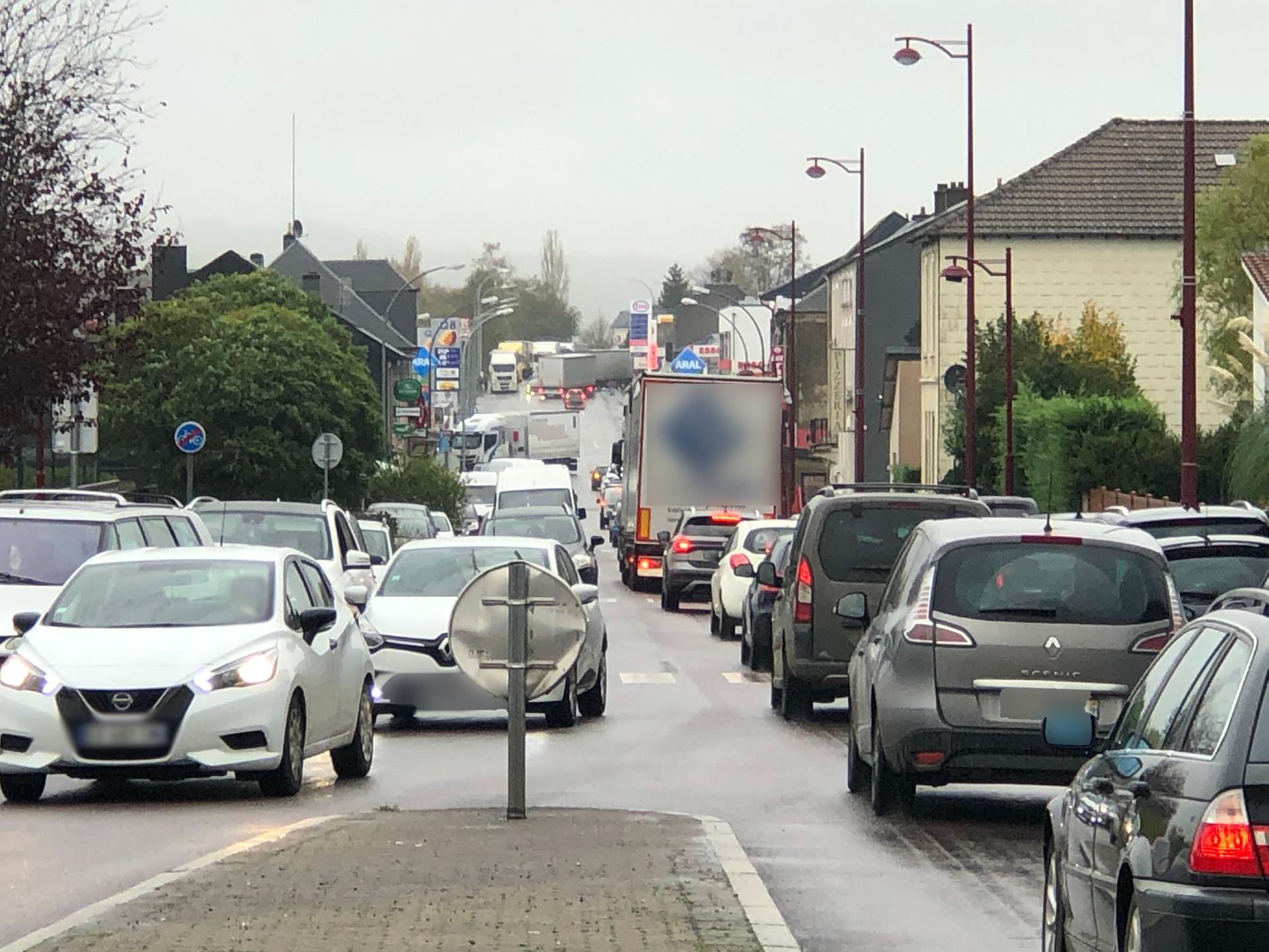 """Luxembourg :Stations-services prises d'assaut """"avant qu'il ne soit trop tard!"""""""