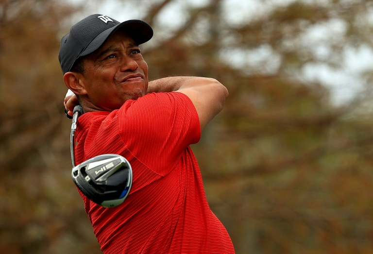 Golf :Tiger Woods a subi une microchirurgie au dos
