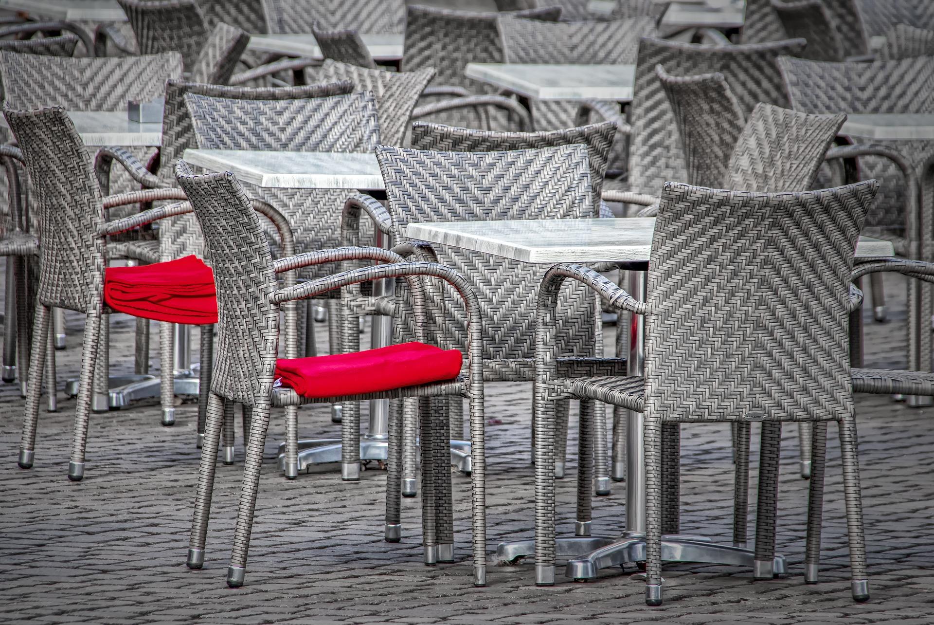 """Luxembourg :L'Horesca """"exige l'ouverture immédiate des terrasses"""""""